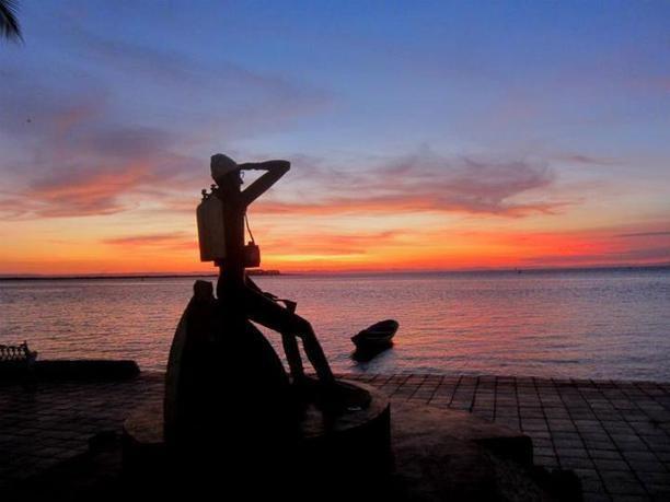 Statue of Jacques-Yves Cousteau, La Paz, BCS.