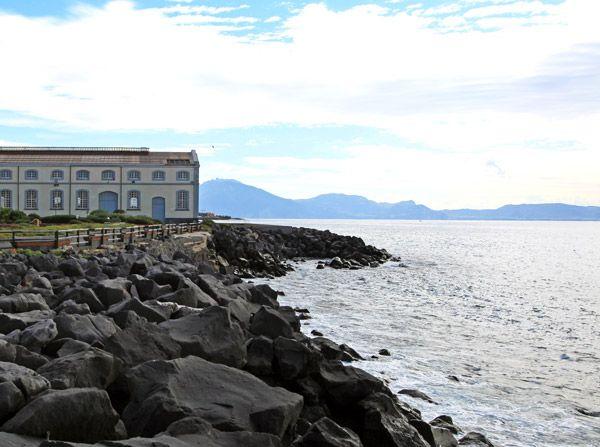 Vista del mare dal Museo di Pietrarsa