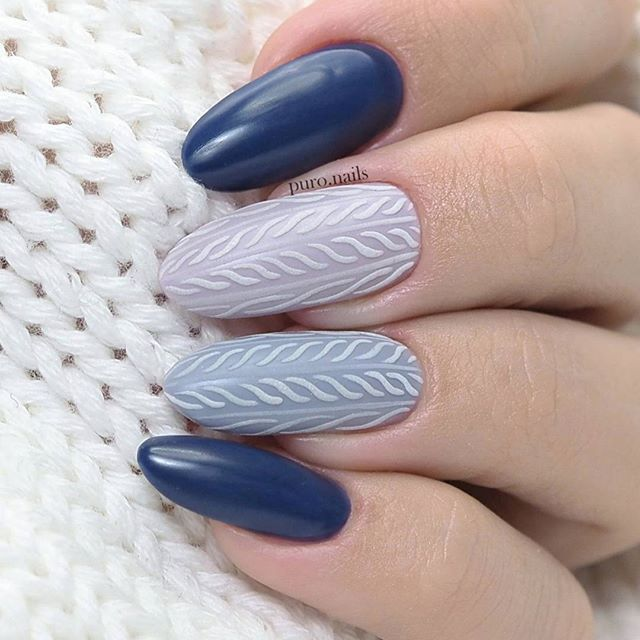 And the second ;)  @neess_official  7589,7586,7594   #nailart #nailsoftheday #nails #nail #hybrydnails #hybrydymanicure #kochampaznokcie #instanail #nails2inspire #paznokciehybrydowe  #paznokcie  #nailartist_manicure #nails #nailswag #gelnails #winternails #nailru #nailstagram  #nailitdaily #nailpro #swetereknapaznokciach #instagramnails  #beautifulnails #trna #neess #neessofficial #freehandnails #christmasnails #zimowepaznokcie
