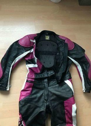 Kaufe meinen Artikel bei #Kleiderkreisel http://www.kleiderkreisel.de/damenmode/besondere-kleidung/144180642-motorradkombi-lederkombi-ixs-damen-schwarzweisspink