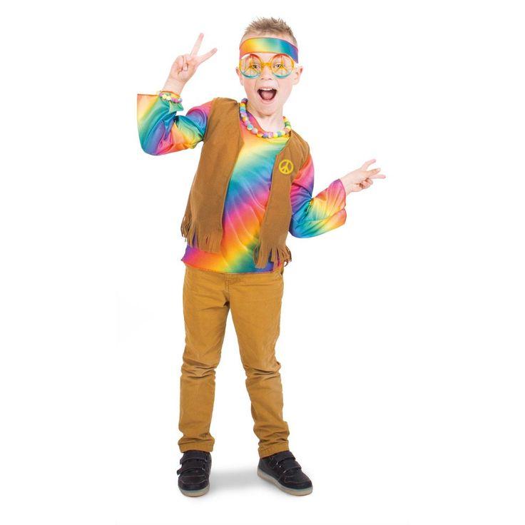 Word een echte hippie met deze vrolijke verkleedset voor jongens. Het kostuum bestaat uit een shirt in regenboogkleuren, een gilet met suèdelook en franjes en een vrolijk gekleurde hoofdband. Peace, love en een hoop verkleedplezier! Maat geschikt voor kinderen van 6-8 jaar. Afmeting: geschikt voor kinderen vanaf 6 - 8 jaar, maat 116 - 134 cm - Verkleedset Hippie Jongen - L