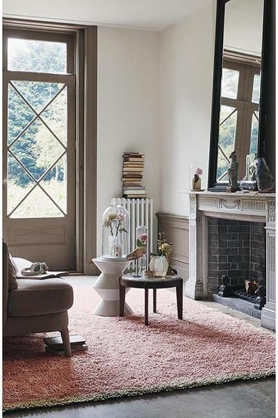 Stay warm and cosy with this beautiful shaggy wool rug from Ted Baker: Ted Baker Felted Nude 58802 Designer Wool / Viscose Shaggy Rug