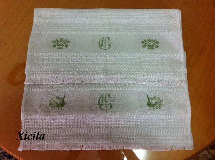 Dos toallas de hilo