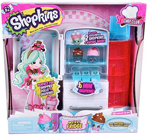 Where do the coolest Chef Club Shopkins hang out? At the Shopkins Frosty Fridge. Slide the freezer drawer out the discover some super cool Mini Shopkins Ice Cubes in their ice tray. Store your Shopkin...