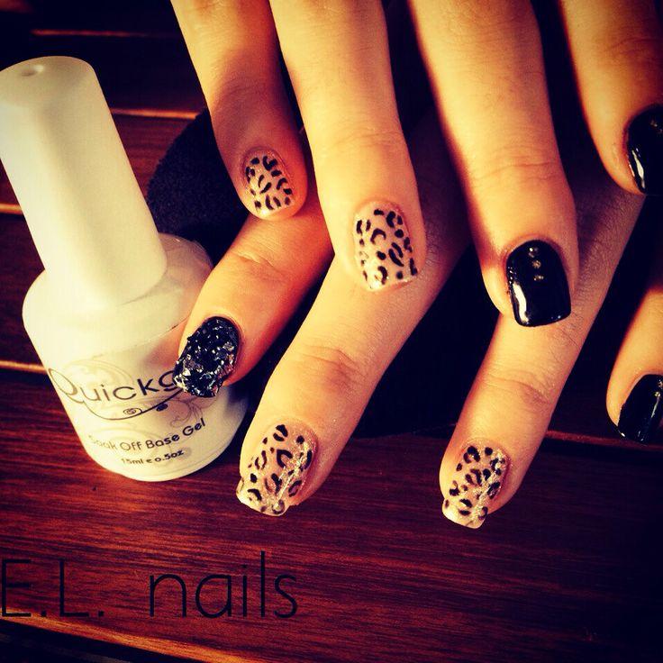 Animal print leopard nails black gold wild