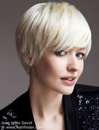 Short Choppy bob, timeless classic, smoothed forwards
