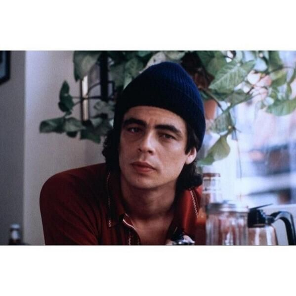 young benicio del toro - Google Search