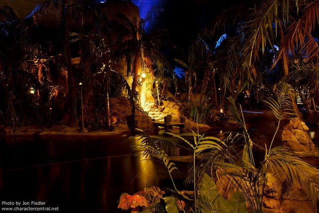 Eating Blue Lagoon Restaurant Paris - Disneyland. <3 Situated inside the Pirates of the Caribbean ride