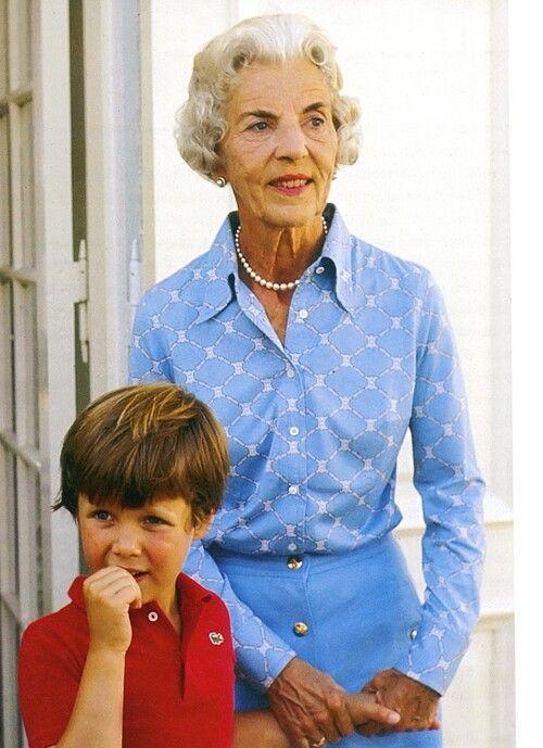 311 besten royalty of denmark bilder auf pinterest k nigsfamilien d nemark und kronen. Black Bedroom Furniture Sets. Home Design Ideas