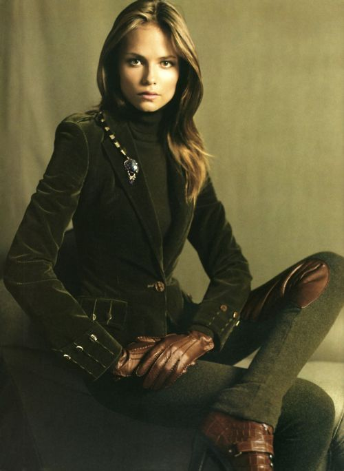 Only Ralph Lauren can do such an elegant equestrian look. Rugby - while I don't do preppy, I sincerely miss this brand.