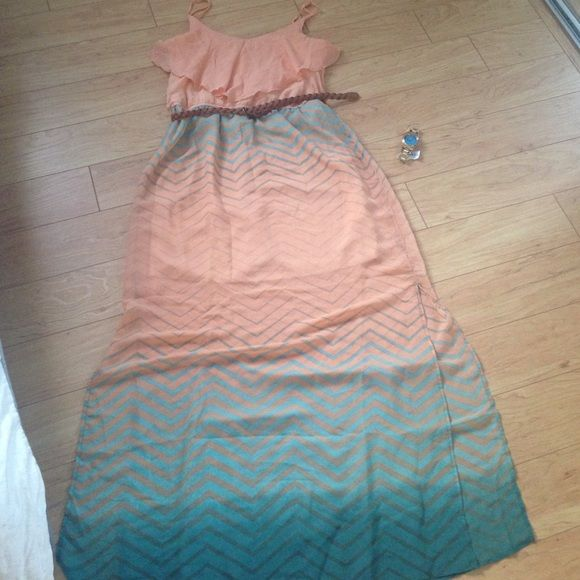 Peachy teal Maxi Dress Worn once this maxi dress is short underneath with a long sheer overhang. Has slits up both sides to about thigh length! Belt included, watch is not Dresses Maxi