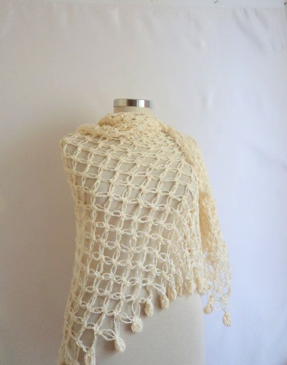 Shawl Ivorywhiteseasonal  color cowl collar by modelknitting