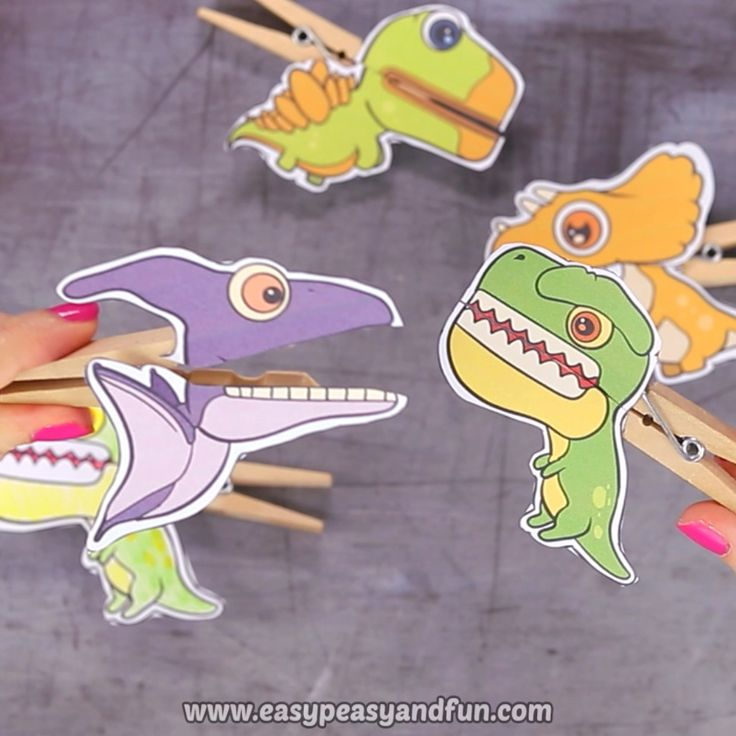 Dinosaurs Clothespin Puppets – Printable Paper Craft