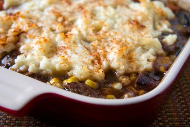 A ground beef casserole with potatoes, corn, and cheese with seasonings. Get this easy, family-pleasing hash brown potato and ground beef casserole recipe.