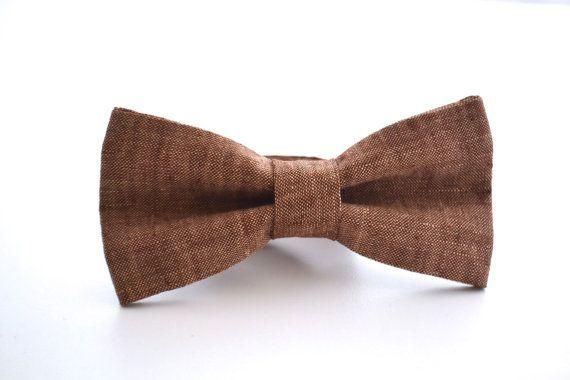 Pajarita para hombre en lino marrón, pajarita de padrinos de boda, novios pajarita, corbata de moño de novia, boda rústica, pajarita ajustable