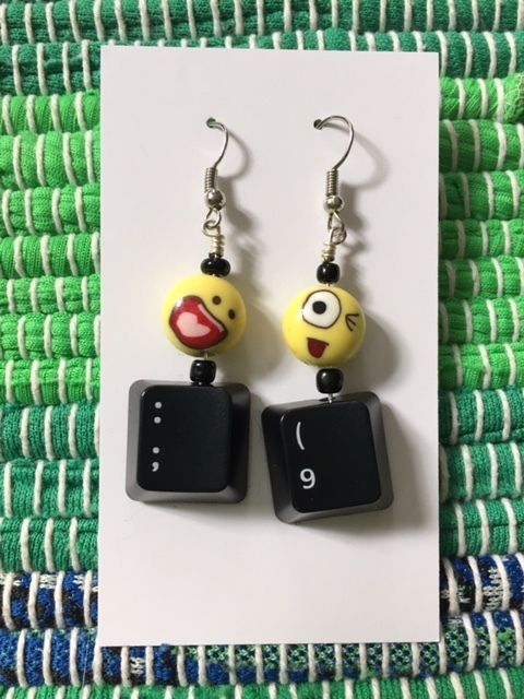 Computer emoji earrings. Perfect for a tech lover.  #earrings #handmade