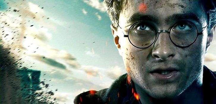 J.K. Rowling é reconhecida pela forma como está sempre disposta a responder carinhosamente seus fãs e tirar suas dúvidas no Twitter. Contudo, depois de anos fazendo isso, não é surpresa para ninguém que algumas perguntas cansam… e a autora acabou de dar uma resposta definitiva para uma delas! ATENÇÃO: SPOILERS da saga Harry Potter à …