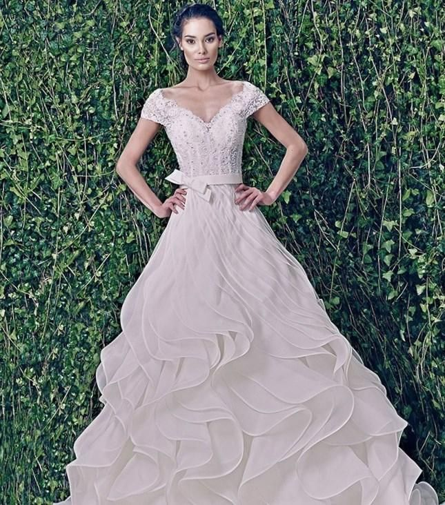 Свадебные платья драпировки модельер - http://1svadebnoeplate.ru/svadebnye-platja-drapirovki-modeler-3520/ #свадьба #платье #свадебноеплатье #торжество #невеста