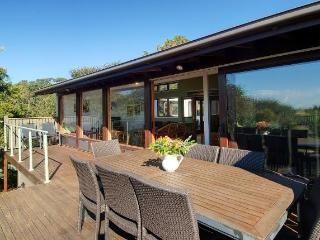 sunny 3 bedroom river and beachside villa - Vacation Rentals in Minnamurra, Kiama - TripAdvisor