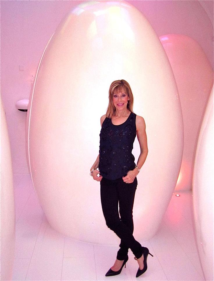 London at Sketch Restaurant. Fantastic Egg Toilets!Fantastic Eggs, Eggs Toilets