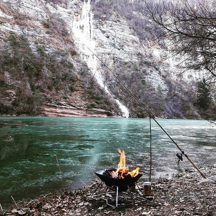 Inizia il tempo della pesca in # torrente in  #valdinon dalla prima domenica di febbraio #savethedate in @valdinon by @scheru84 #fishing #ice #fire #angeln #valdinon #lake #winter #fishing
