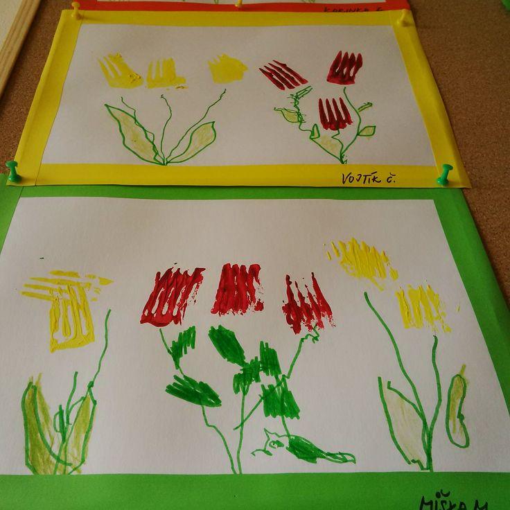 Tulipány vytvořené z obtisku vidličky