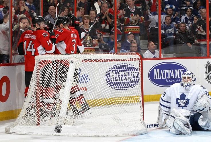 SENS WIN! SENS WIN! SENS WIN!  Colin Greening scored with 24 seconds remaining to give the Ottawa Senators a 3-2 win over the Toronto Maple Leafs. http://ottsens.com/13B4WdE