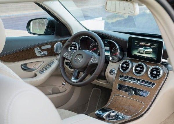 2015 Mercedes-Benz C-Class Estate Luxury Interior Images