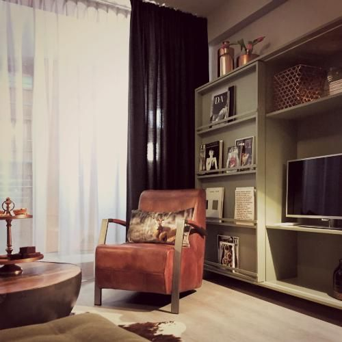 Meer dan 1000 lange woonkamers op pinterest huiskamer woonkamer lay outs en huiskameridee n - Lay outs rond het huis ...