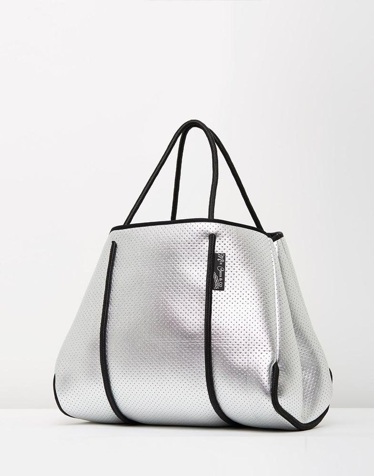 MIZ CASA AND CO SAMMY TOTE BAG SILVER