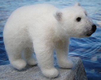 Nadel gefilzte Eisbär, weißer Bär gefilzt, Wolle Filz Bär, Eisbär Skulptur, Childs Bär Eisbär Figur, Spielzeug, Eisbär Kindergarten