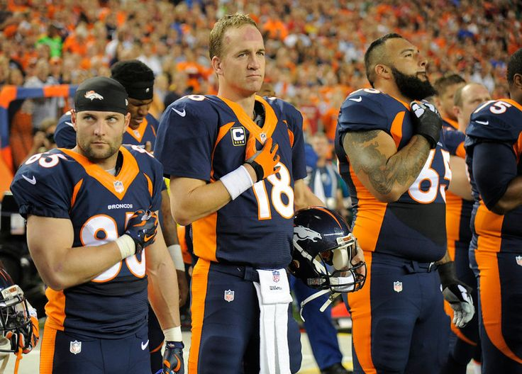 Peyton Manning (18) of the Denver Broncos, Wes Welker (83