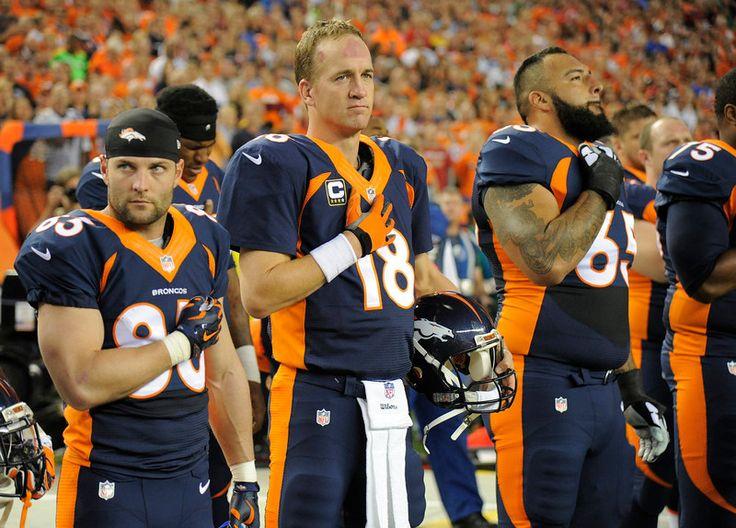 Peyton Manning (18) of the Denver Broncos, Wes Welker (83