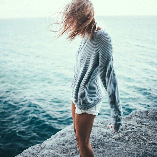 Windblown by the Water | Seriously windblown shoulder length straight hair. | via peone