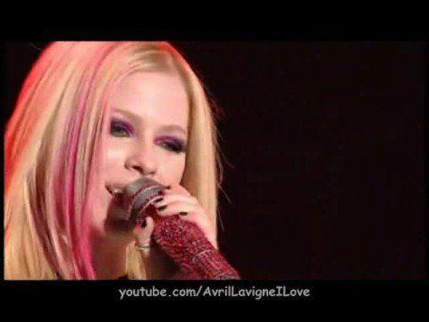Avril Lavigne - Complicated (Live in Toronto) HD