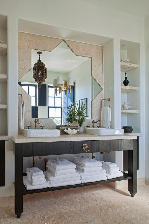 Die besten 25 marokkanisches bad ideen auf pinterest mosaisches badezimmer marokkanische for Moroccan style bathroom accessories