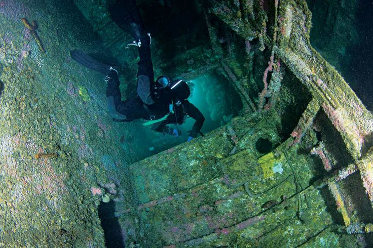 Are purpose-sunk wrecks safe for basic penetration, or are they an accident waiting to happen? Eric Douglas asks experts from around the world for expert advice when going to dive sites hosting wrecks.