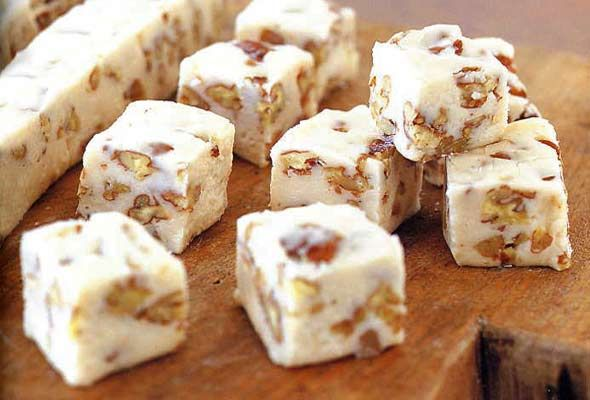Maple Pecan Fudge from Leite's Culinaria
