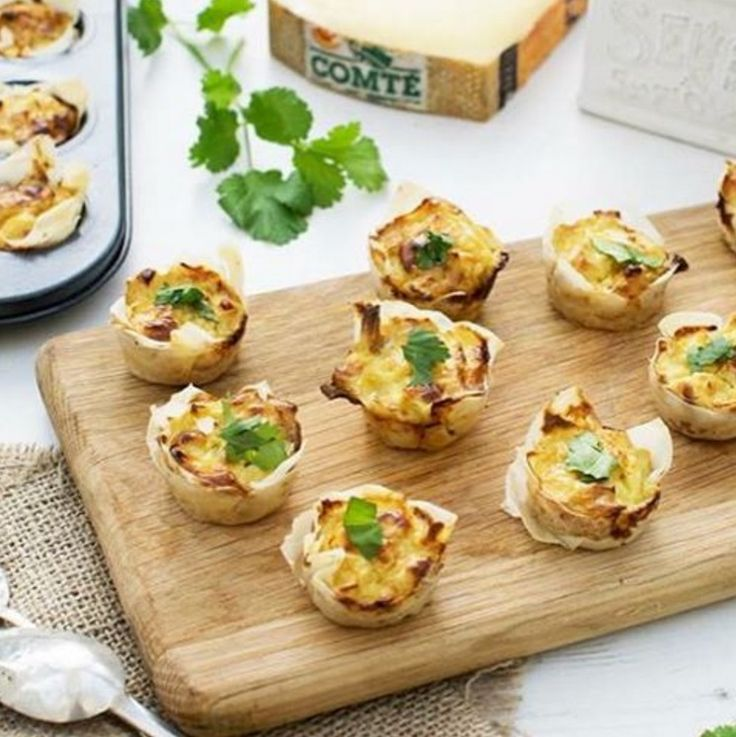 Leek & Comté Curried Mini Quiche from @theflexitarianuk  A real crowd pleaser, they are easy and straightforward to make. You will need a mini tart tin such as the one below to hold the quiches together while they cook:  https://theflexitarian.co.uk/recipe-items/leek-comte-curried-mini-quiches-flexitarian/