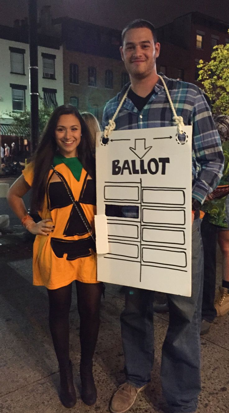 DIY HIMYM Halloween costume - the slutty pumpkin and the hanging chad
