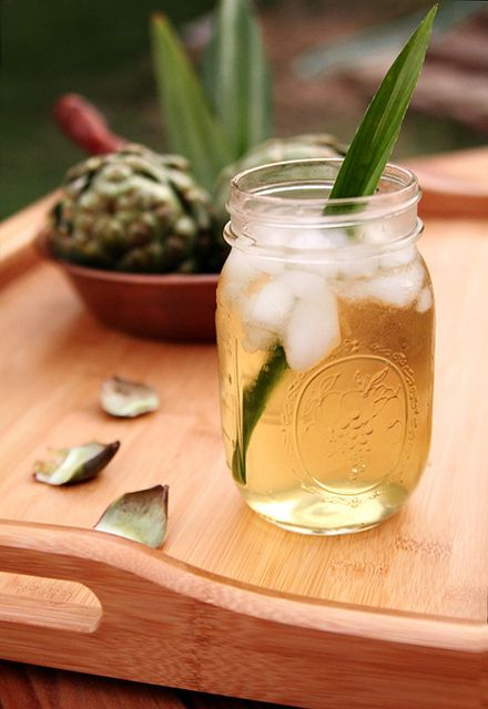 Water Retaining Food : Prevent water retention and rid skin of toxins with a