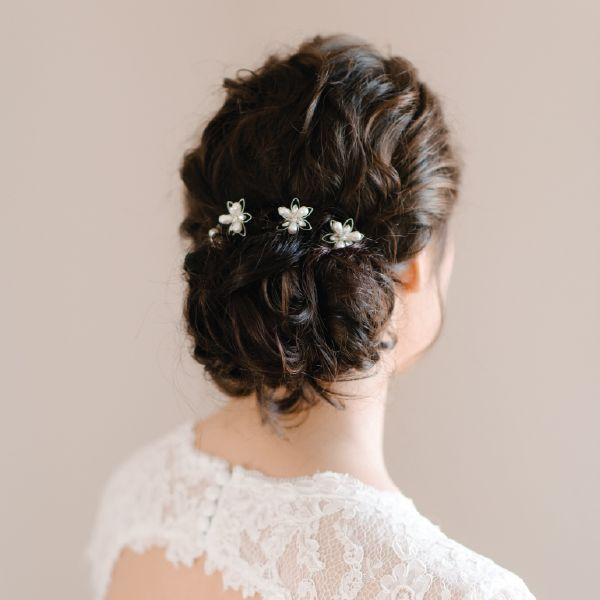 Pearl Bridal Hairpins by Pearl & Ivory ®  - Find more inspiring bridal hair accessories from our collection www.pearlandivory.com/hair-adornments. Photography by Yolande Marx #PearlandIvory #HairAdornments #HairAccessories #HairCombs #Pearl #Cubic Zirconia