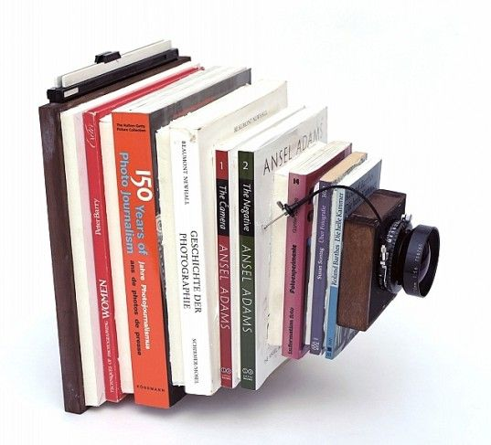 A REAL camera made by Swiss artists Talyo Onorato and Nico Krebs (Tonk) from repurposed photography books... Yes, it really works but it is NOT digital!Photos, Book Art, Photography Books, Vintage Cameras, Taiyo Onorato, Nico Krebs, Things, Swiss Artists, Book Cameras
