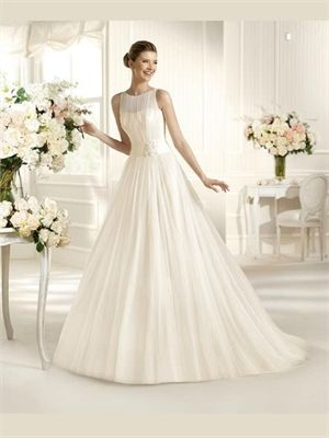 White Ball Gown Tulle Wedding Dress