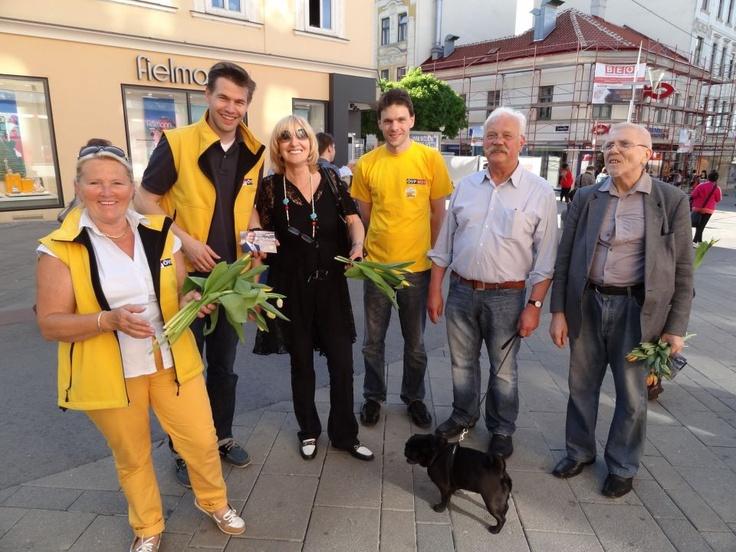 Gemeinsame Muttertagsaktion der ÖVP Rudolfsheim und Meidling