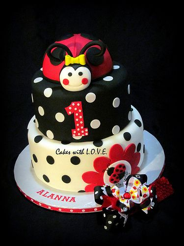 Ladybug Fancy theme cake