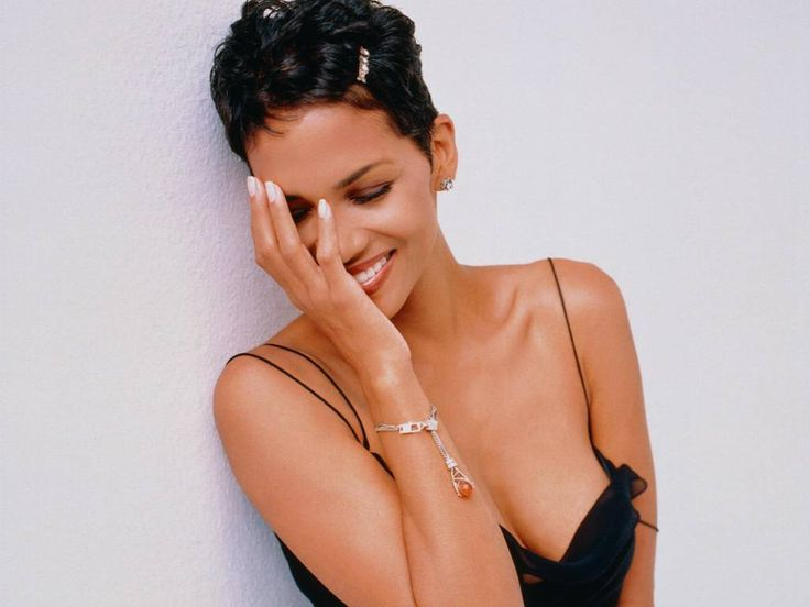 Happy Birthday Halle Berry! The 10 Best Hip-Hop References