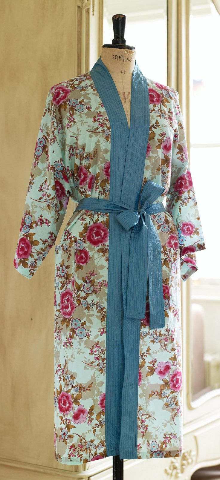 Floral Oriental Kimono Robe With Pattern Sewing