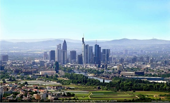 Frankfurt has sure grown up since I left in 1974.  I remember when the first skyscraper was built.  Such excitement.  It's probably dwarfed by now!