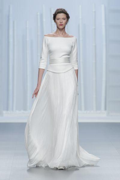 Hinreißende Langarm-Brautkleider 2016: Perfekt für eine stilvolle Herbsthochzeit! Image: 23